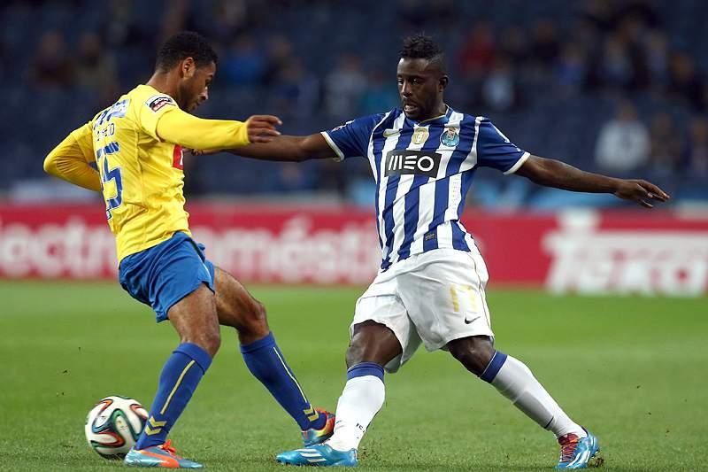 Varela quer sair do FC Porto