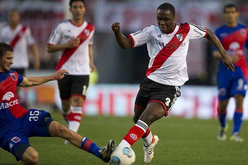 Dia do Adepto do River Plate acaba em violência