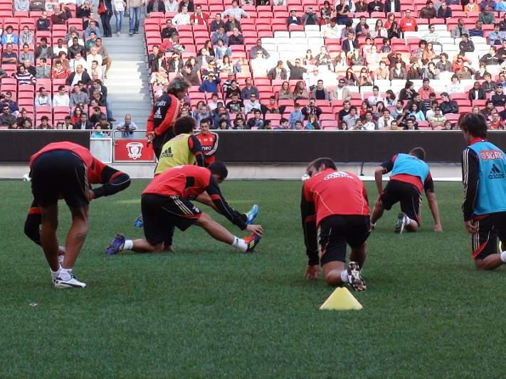 Benfica de regresso ao trabalho a pensar em Braga