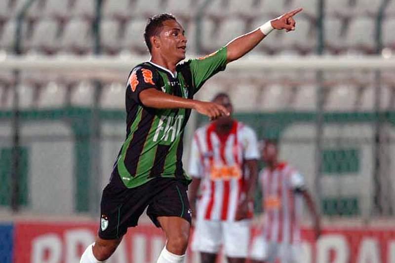 Bryan contratado pelo Benfica