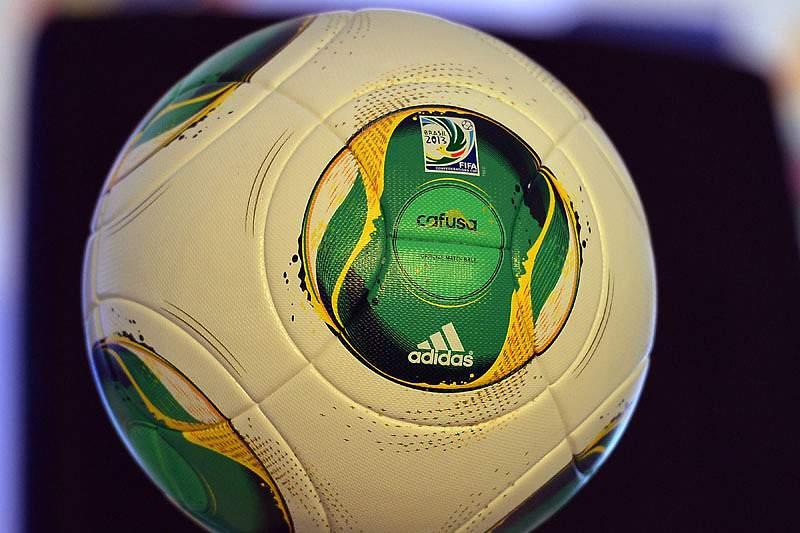 Bola do Mundial2014 estreia-se em Portugal à 13.ª jornada