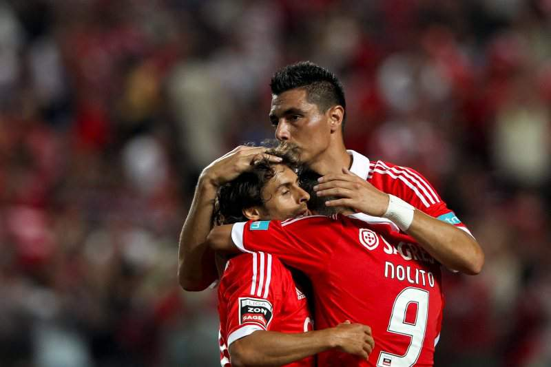 Benfica obrigado a vencer para recolar ao FC Porto