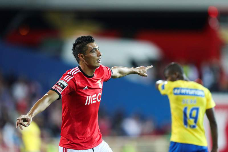 Regresso do Benfica aos triunfos enche as manchetes