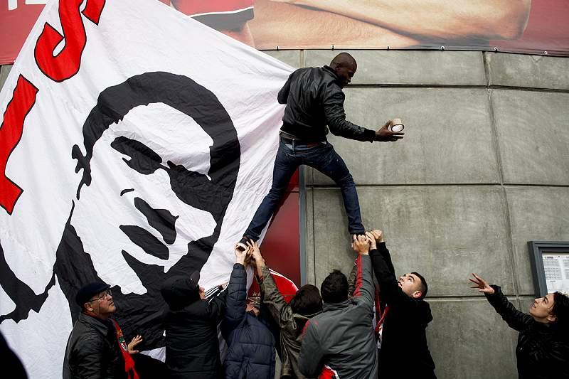 Fundação Laureus despede-se de «um dos maiores heróis do futebol»