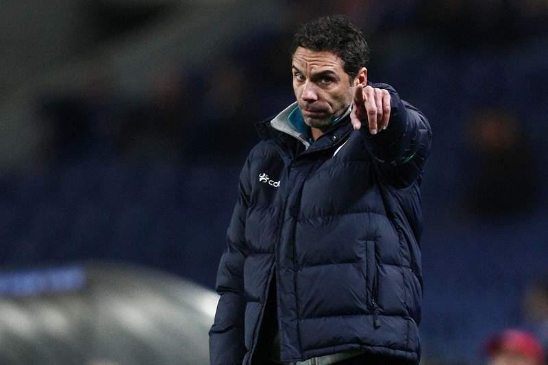 Jorge Casquilha abandona comando técnico