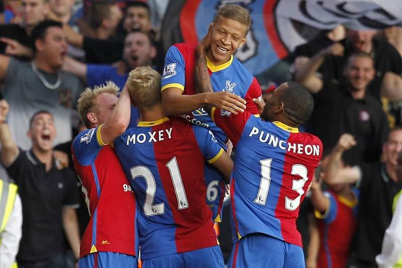Crystal Palace soma primeiros pontos