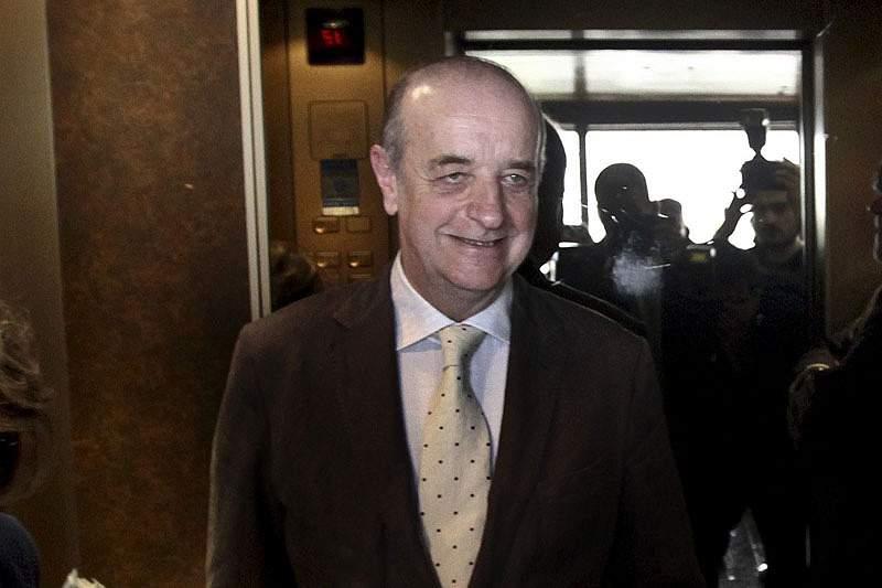 Daniel Sampaio garante AG