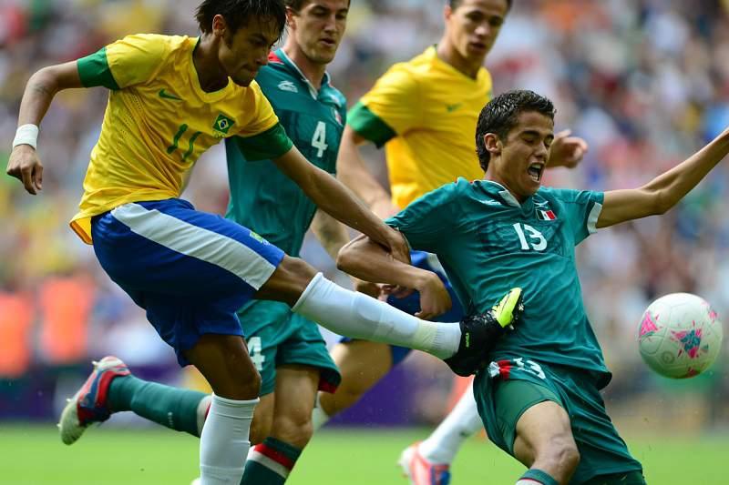 Diego Reyes ajudou a 'bloquear' Neymar na final de Londres2012