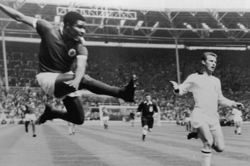 Com Eusébio, o Benfica era rei nos clássicos