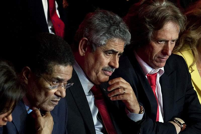 Eusébio entre os notáveis que apoiam Vieira na recandidatura