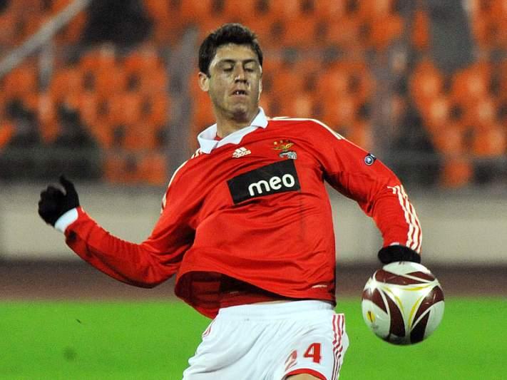 Felipe Menezes não quer regressar à Europa