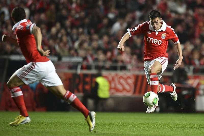 Magia de Gaitán coloca Benfica nas bocas do mundo