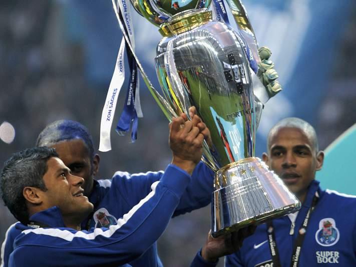 FC Porto e Chelsea em desacordo quanto ao valor de Hulk