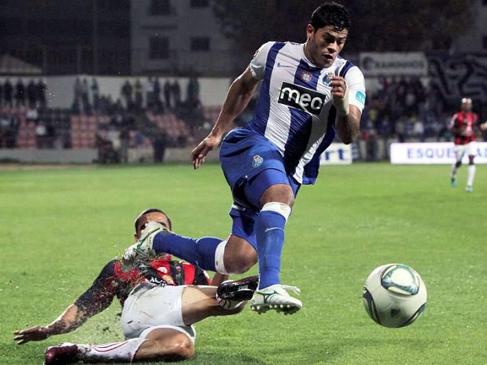 FC Porto derrapa em Olhão