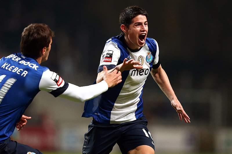 James e Jackson salvam a liderança ao FC Porto