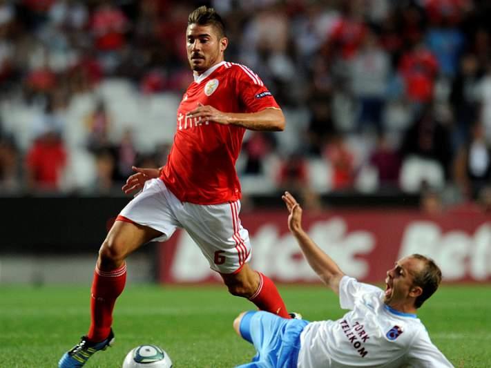 Javi Garcia acelera para o jogo com o Basileia