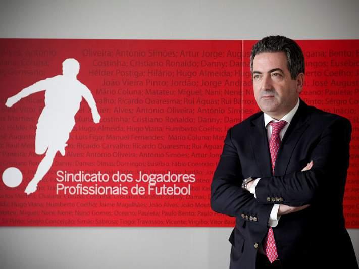 «Clubes que apostem em jogadores portugueses deviam ser recompensados pela FPF»