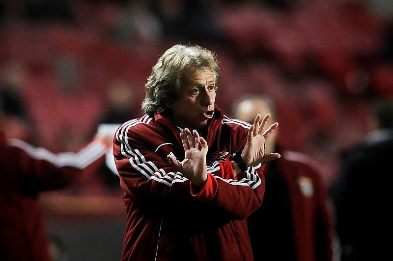 Benfica sem portugueses no onze titular