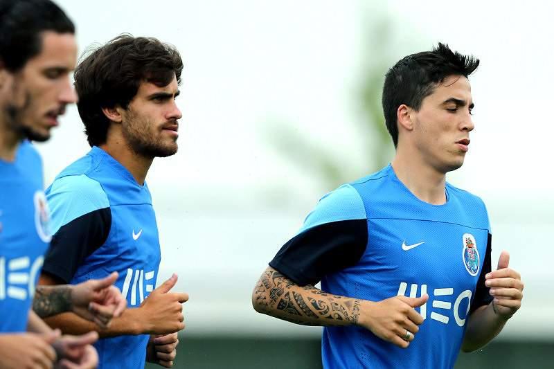 Herrera, Carlos Eduardo e Tiago Rodrigues de regresso aos treinos
