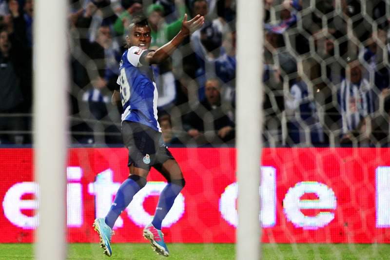 FC Porto sem Kelvin, Benfica
