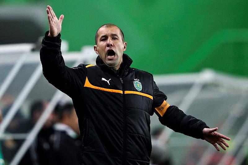 Sporting quer vencer para pressionar Benfica