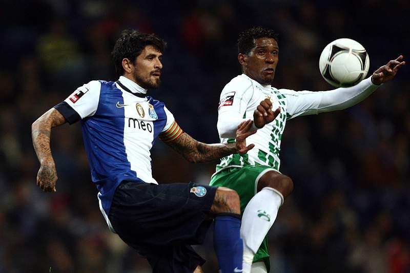 Moreirense e Júlio César rescindem contrato por mútuo acordo