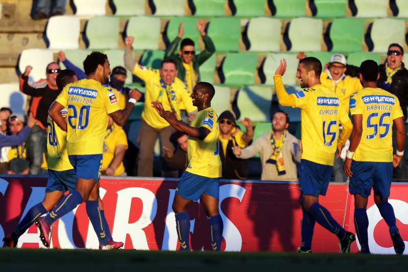 Estoril e Gil Vicente jogam para a Europa na Amoreira