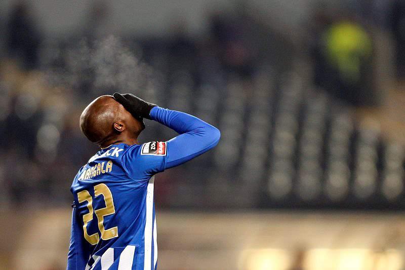 Manchester City e FC Porto sem acordo por Mangala e Fernando