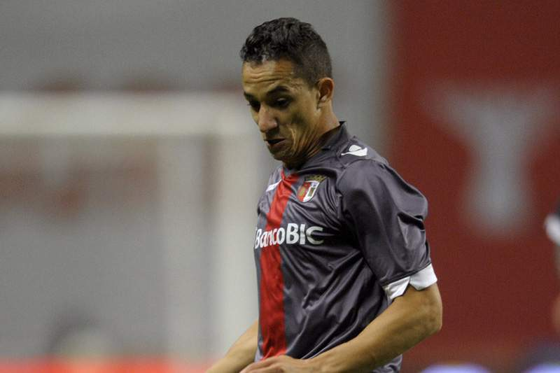 Mauro renova pelo Sporting de Braga
