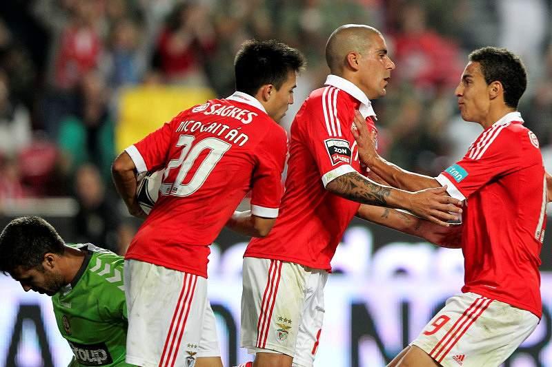 Benfica sofreu para ver o clássico descansado