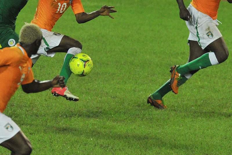Benfica e Porto disputam médio da Costa do Marfim