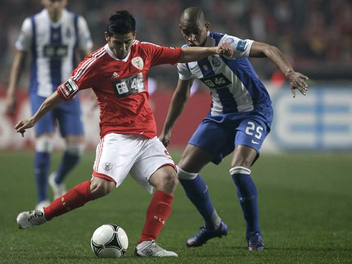 FC Porto e Benfica não desarmam