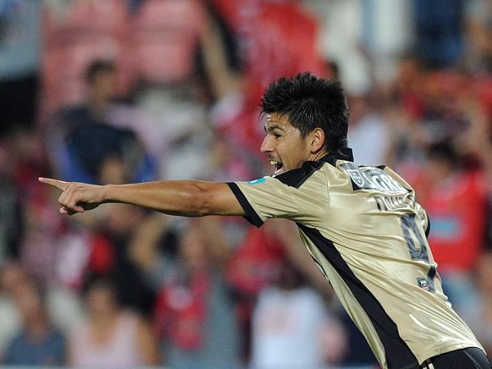 Benfica a 90 minutos da sétima presença