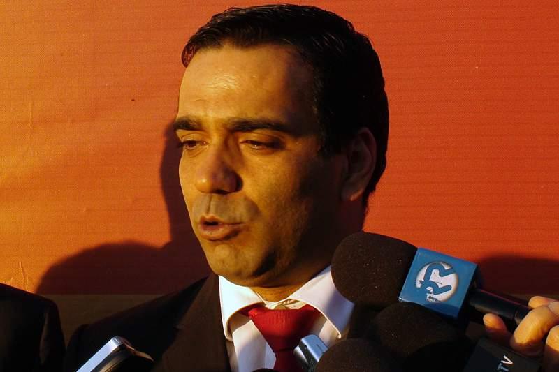 Grupo que quer alterar data de fundação do clube vai reunir com Nuno Carvalho