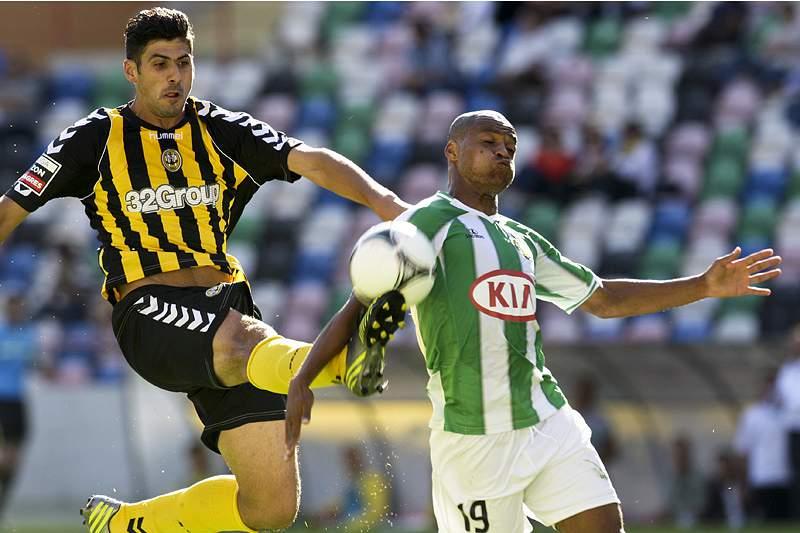 Meyong impede vitória do Beira-Mar