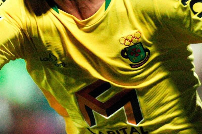 Clube retira aneis olímpicos do emblema