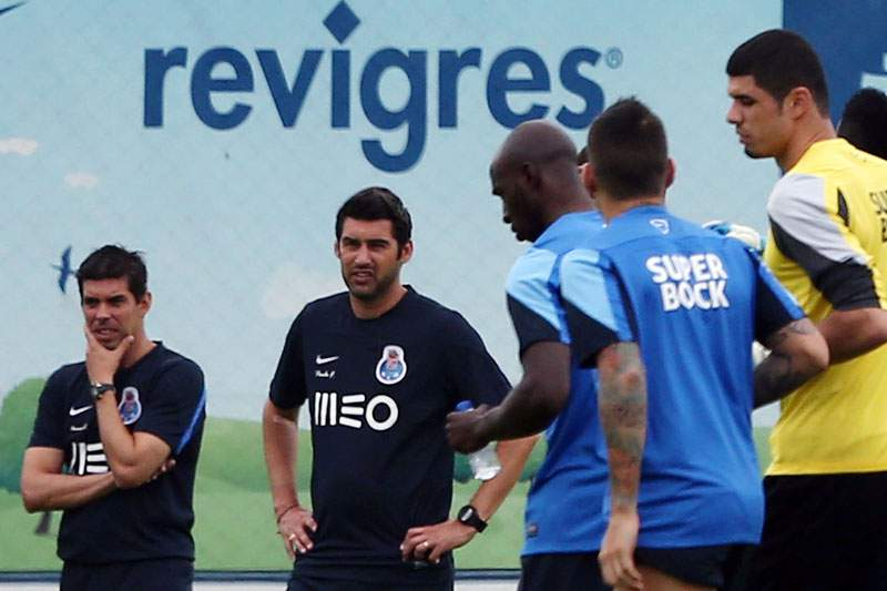 Paulo Fonseca dá nova palestra antes do treino