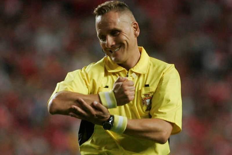 «O árbitro tem de desfrutar de um Benfica-FC Porto»