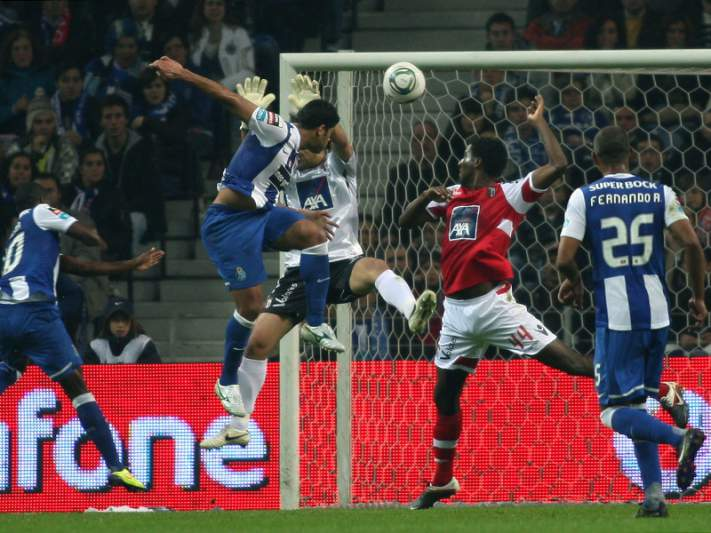 Braga tenta roubar liderança ao FC Porto