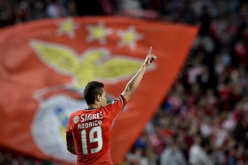 Rodrigo apontado ao Arsenal