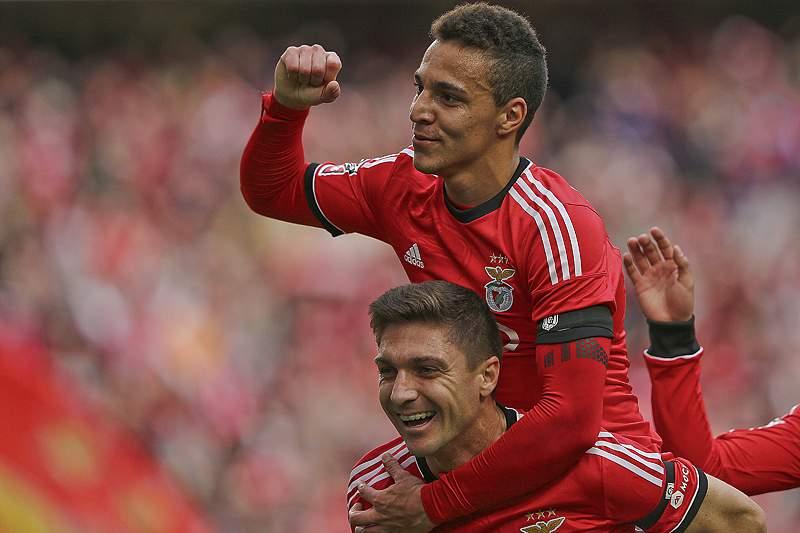 Benfica com liderança mais folgada na