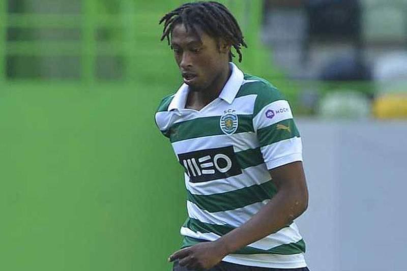 Sporting B goleado em Faro