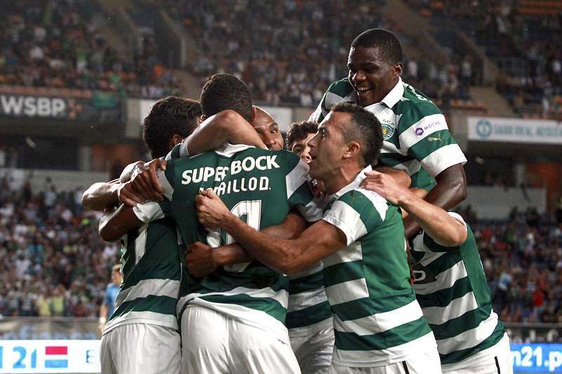 Sporting chega ao dérbi na liderança