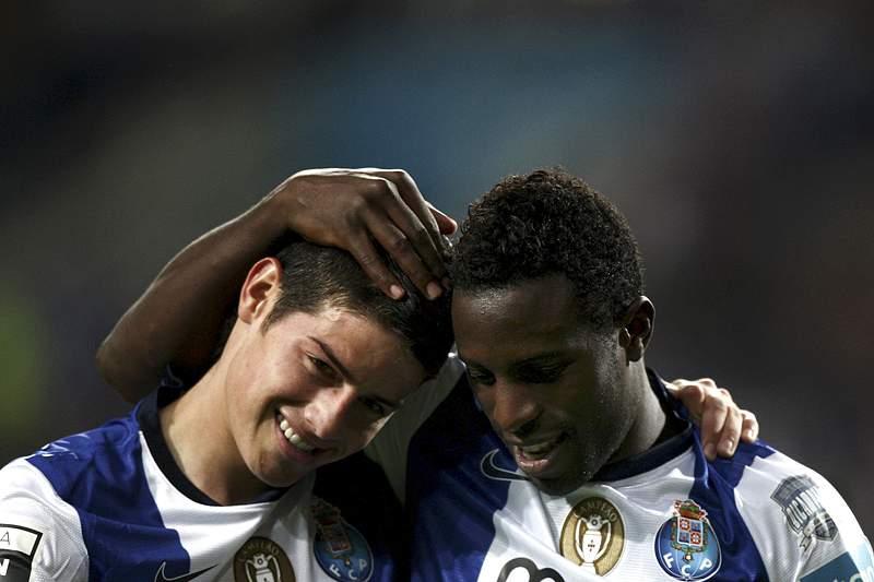 James e Varela marcaram dois dos quatro golos portistas