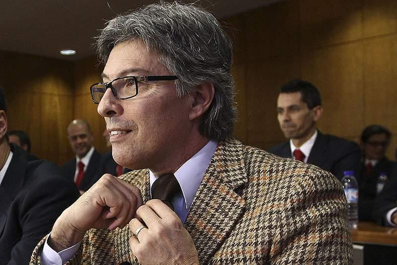 Vítor Pereira responde a Mário Figueiredo
