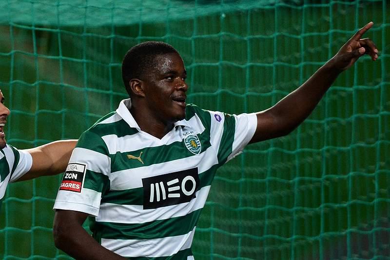 Sporting ensaia nova aproximação ao Benfica em Paços de Ferreira