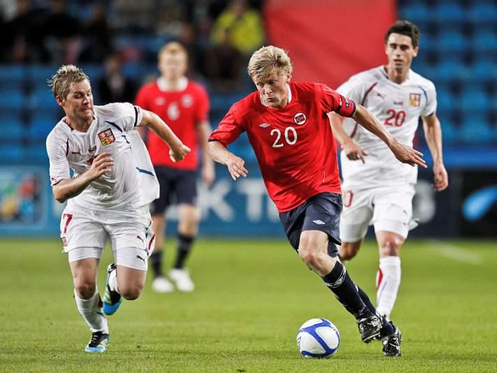 Noruega falha goleada ao Chipre e esbanja presente da Dinamarca