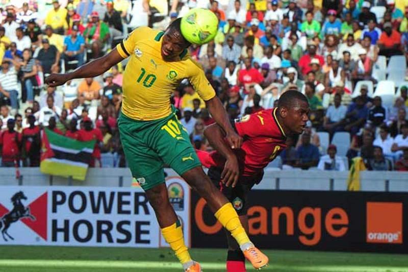 Diogo marca primeiro golo, mas Mambas goleados na estreia