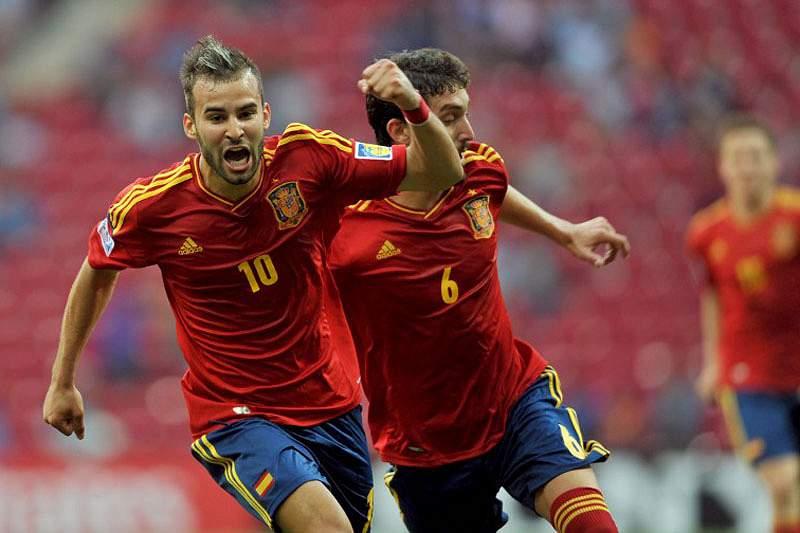 Espanha e Uzbequistão nos