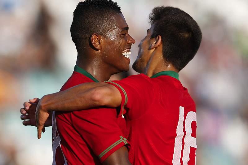 Portugal vence e lidera qualificação
